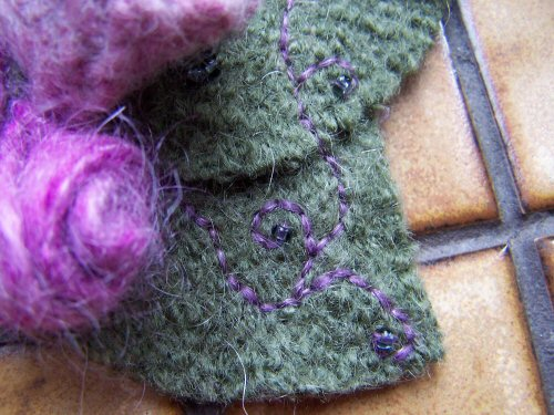 felted-brooch-detail-of-stitching.jpg